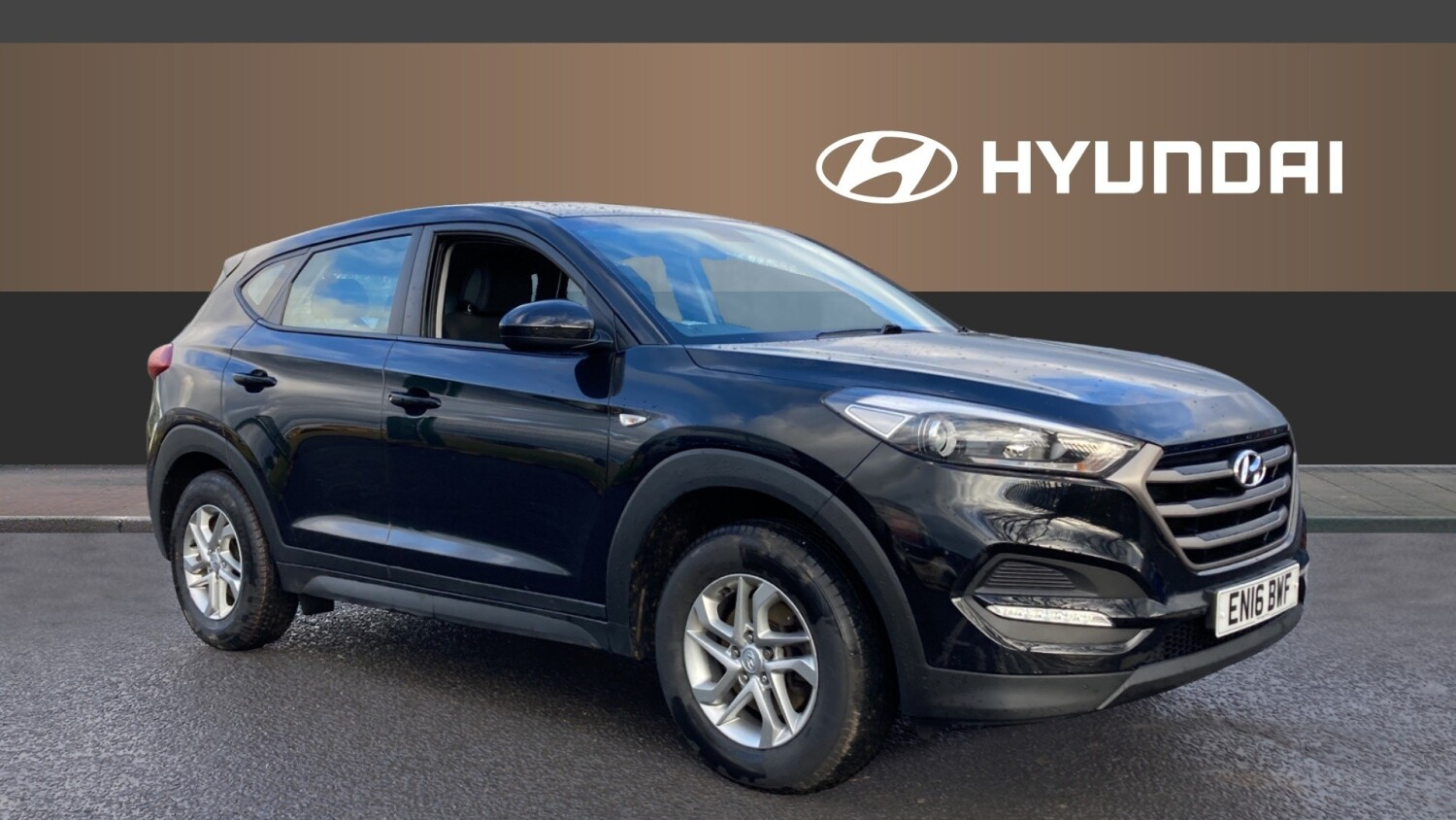 used hyundai tucson 1 6 gdi blue drive s 5dr 2wd petrol estate for sale newcastle infiniti. Black Bedroom Furniture Sets. Home Design Ideas