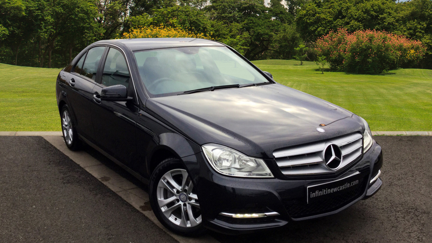 used mercedes benz c class c180 blueefficiency executive se 4dr auto petrol saloon for sale. Black Bedroom Furniture Sets. Home Design Ideas