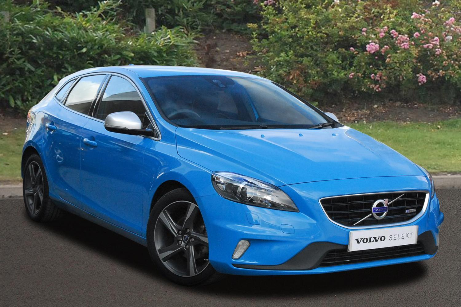 used volvo v40 d2 r design lux 5dr diesel hatchback for sale newcastle infiniti. Black Bedroom Furniture Sets. Home Design Ideas