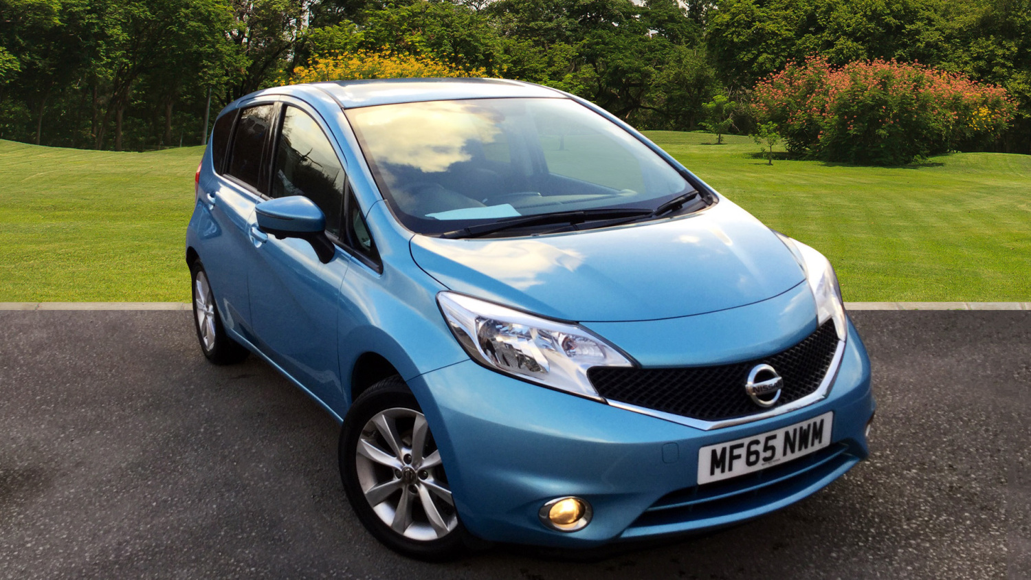 used nissan note 1 2 dig s tekna 5dr auto petrol hatchback. Black Bedroom Furniture Sets. Home Design Ideas
