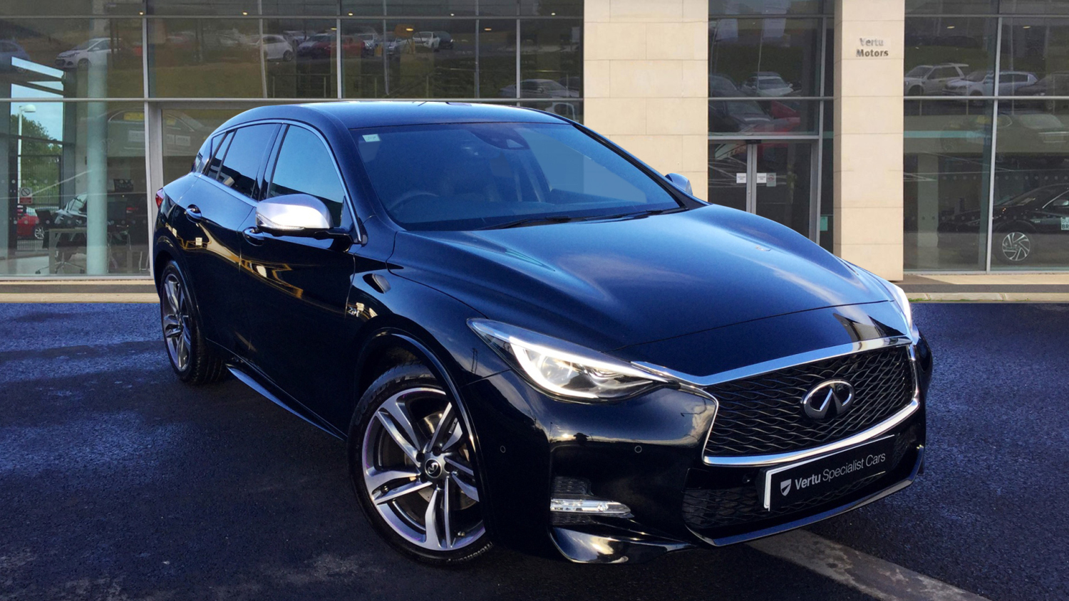 used infiniti q30 2 0t sport 5dr dct awd petrol hatchback for sale newcastle infiniti. Black Bedroom Furniture Sets. Home Design Ideas