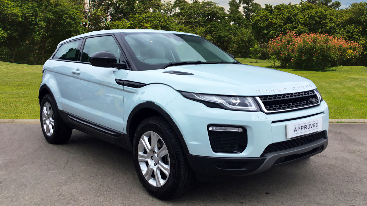 used land rover range rover evoque 2 0 ed4 se tech 3dr 2wd diesel coupe for sale newcastle. Black Bedroom Furniture Sets. Home Design Ideas