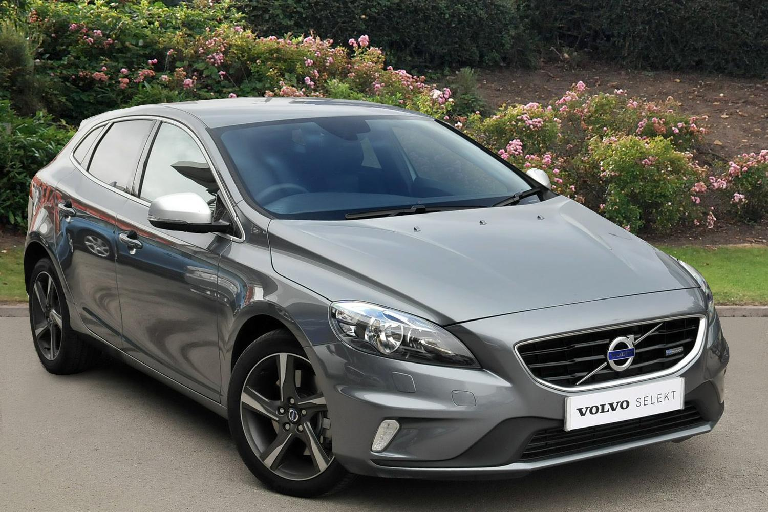 used volvo v40 d4 190 r design nav 5dr geartronic diesel. Black Bedroom Furniture Sets. Home Design Ideas