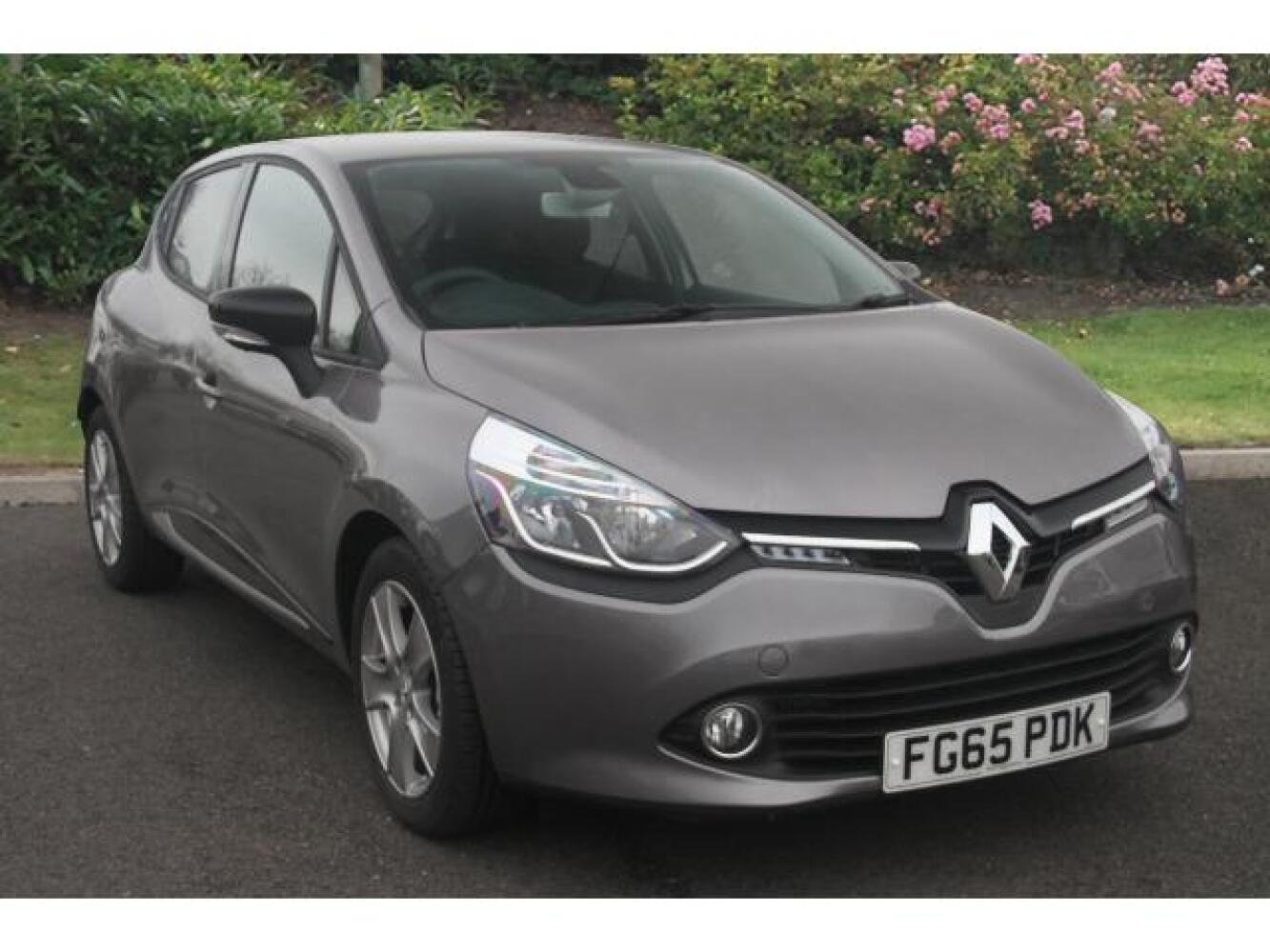 used renault clio 1 5 dci 90 dynamique nav 5dr diesel hatchback for sale newcastle infiniti. Black Bedroom Furniture Sets. Home Design Ideas