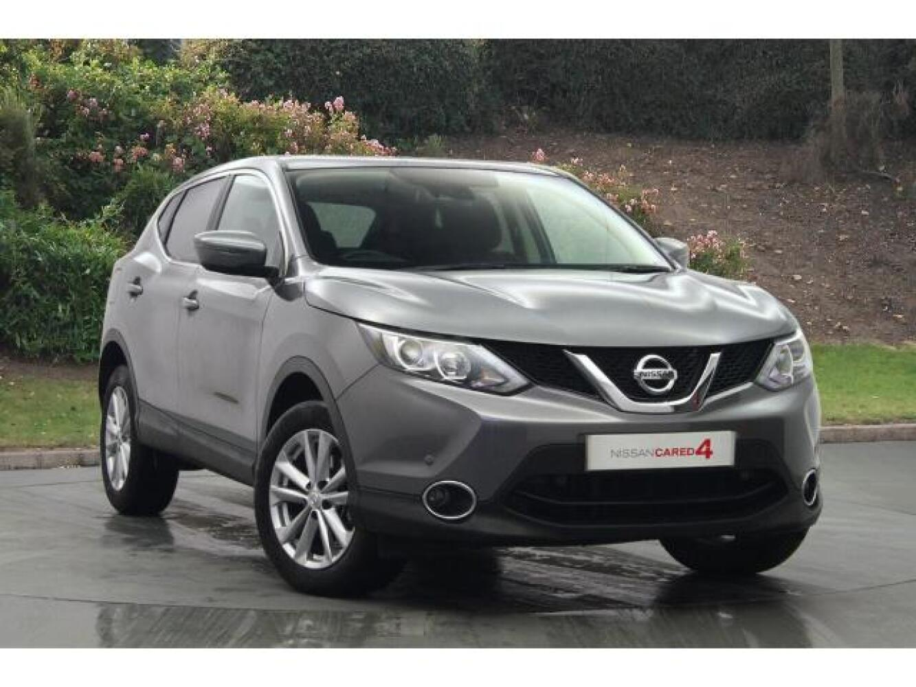 used nissan qashqai 1 5 dci acenta premium 5dr diesel hatchback for sale newcastle infiniti. Black Bedroom Furniture Sets. Home Design Ideas