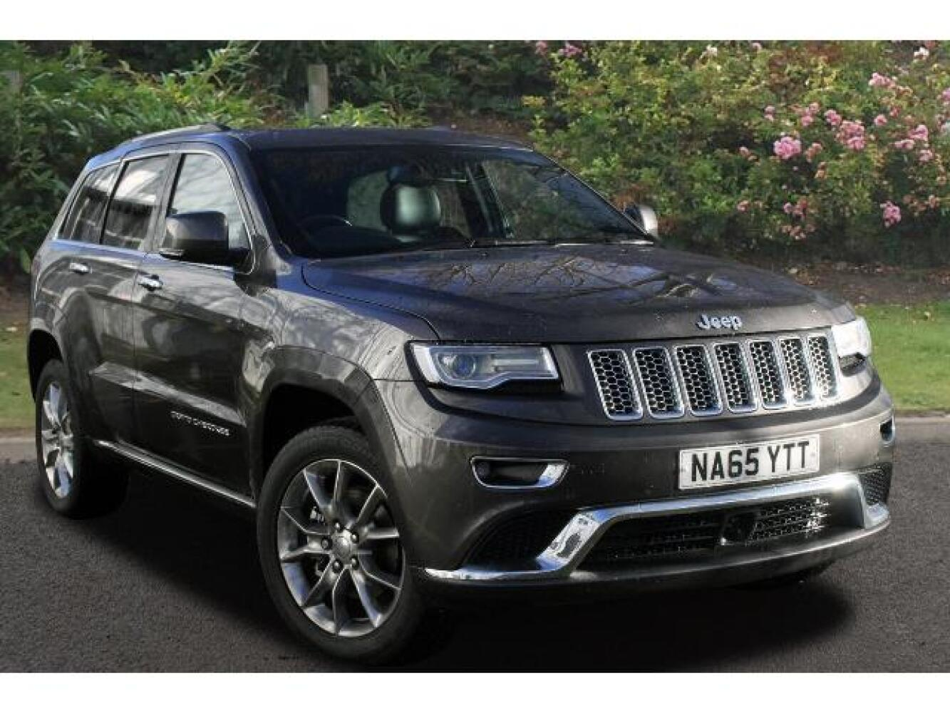 used jeep grand cherokee 3 0 crd summit 5dr auto diesel station wagon for sale newcastle infiniti. Black Bedroom Furniture Sets. Home Design Ideas
