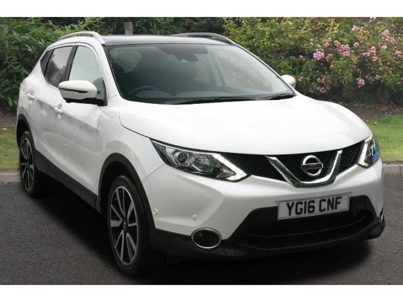 used nissan qashqai 1 6 dig t tekna 5dr petrol hatchback for sale newcastle infiniti. Black Bedroom Furniture Sets. Home Design Ideas
